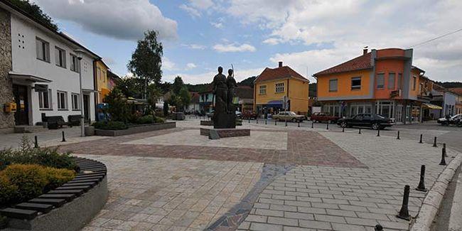 Trg braće Nedića, foto: sajt opštine Osenčina