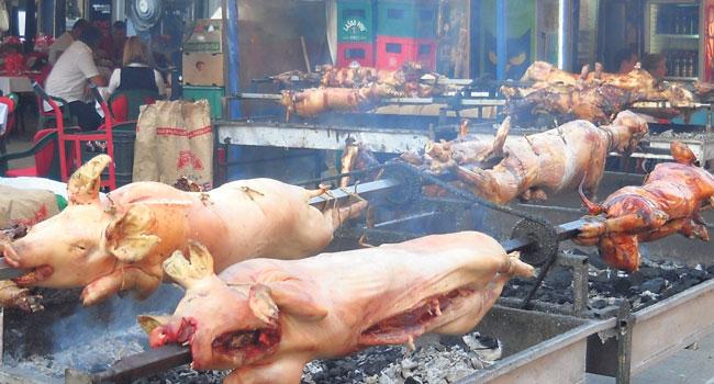 Na roštiljijadi se ispeče i do 250 prasića (Foto M. Momčilović)