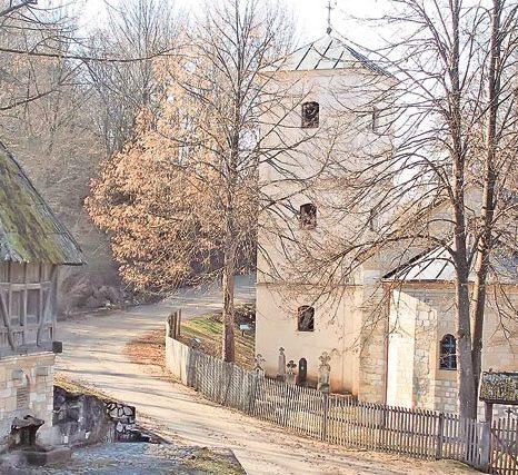 Crkva i čardak u kneževom spomen-kompleksu, Arhivska fotografija: S. Jovičić