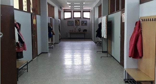 Hodnik škole, foto: PressLider