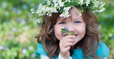 SREĆNA LAZAREVA SUBOTA: Deca širom Srbije danas nose zvončiće