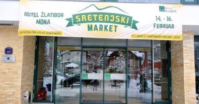 """Proizvodi i ukusi Srbije na jednom mestu:  Otvoren""""Sretenjski market"""" (FOTO)"""