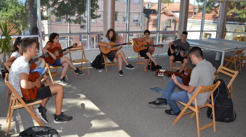 Završena muzička radionica za srednjoškolce