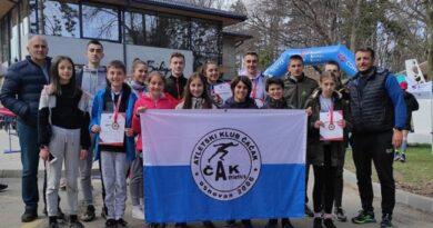 "Članovi AK ""ČAAK"" uspehom na Prvenstvu Srbije grad Čačak istakli na atletskoj mapi Srbije"